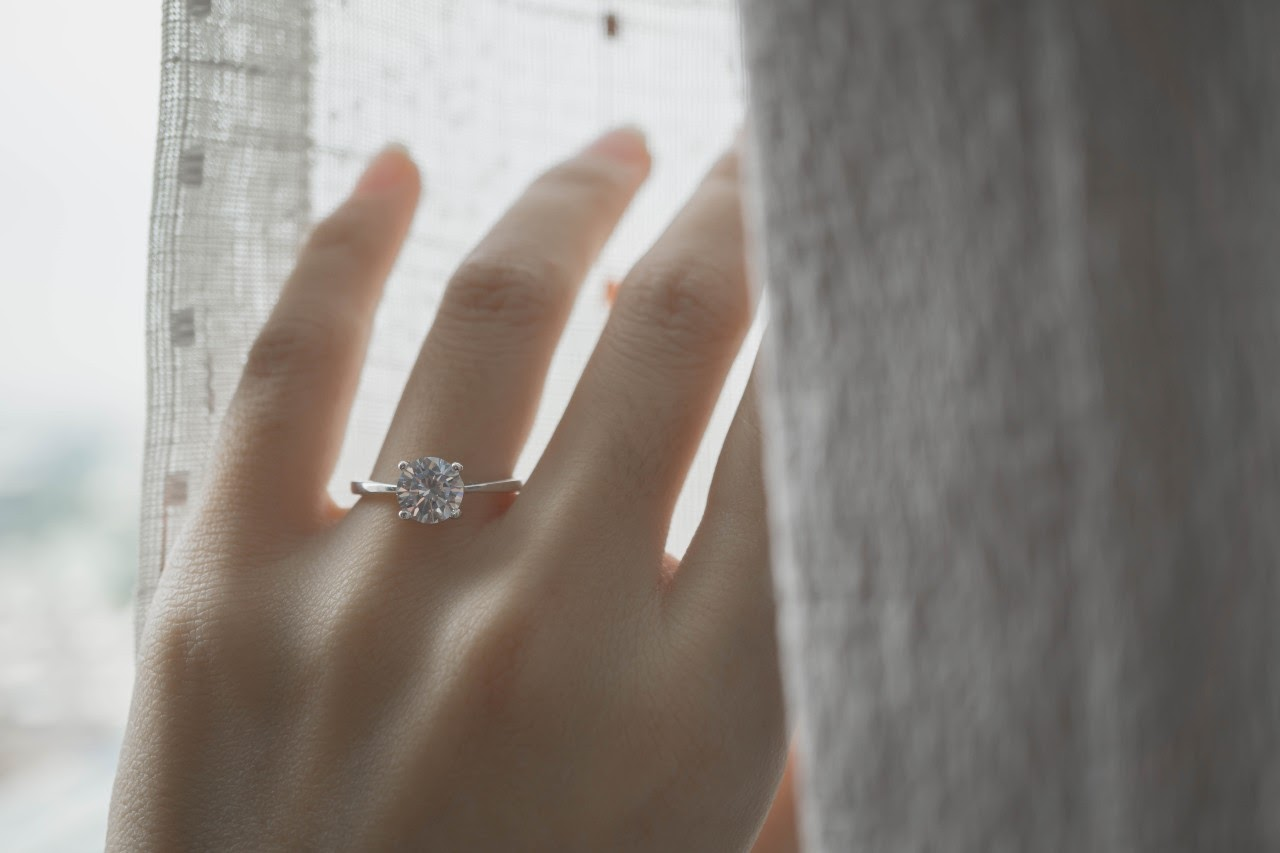 Less is More with Delicate Engagement Ring Styles